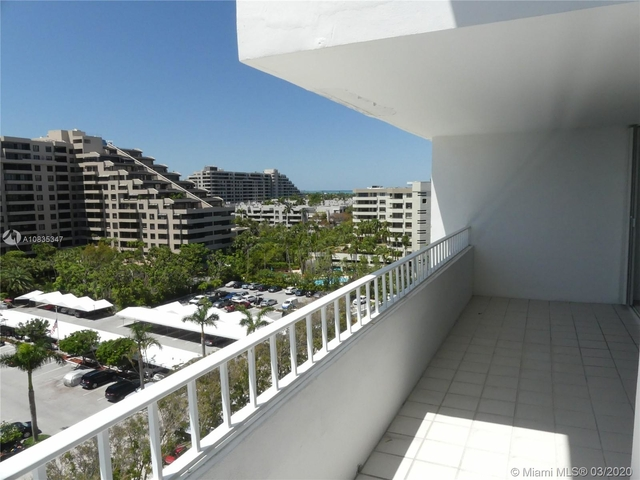 1 Bedroom, Village of Key Biscayne Rental in Miami, FL for $2,900 - Photo 1