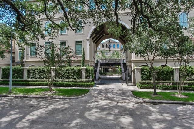 3 Bedrooms, Montrose Rental in Houston for $3,900 - Photo 2