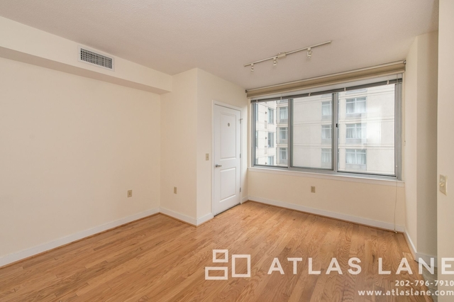 Studio, Mount Vernon Square Rental in Washington, DC for $1,750 - Photo 2