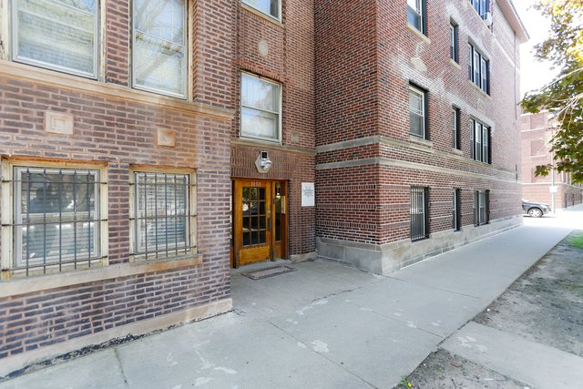 3 Bedrooms, Wrigleyville Rental in Chicago, IL for $2,500 - Photo 1