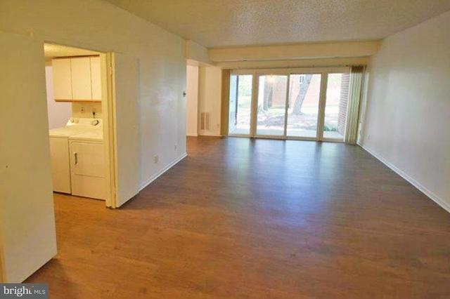 1 Bedroom, Reston Rental in Washington, DC for $1,395 - Photo 2