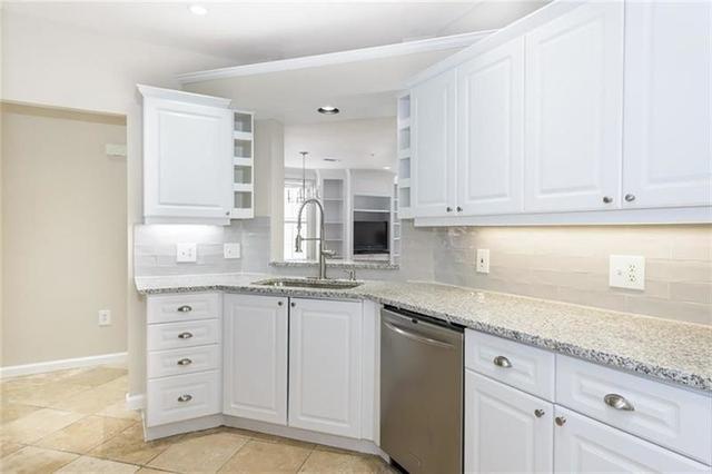 2 Bedrooms, North Buckhead Rental in Atlanta, GA for $2,500 - Photo 2