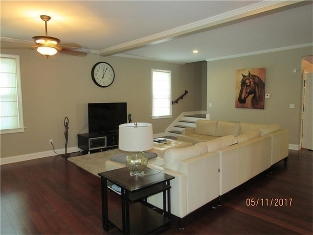 4 Bedrooms, Grant Park Rental in Atlanta, GA for $3,850 - Photo 2