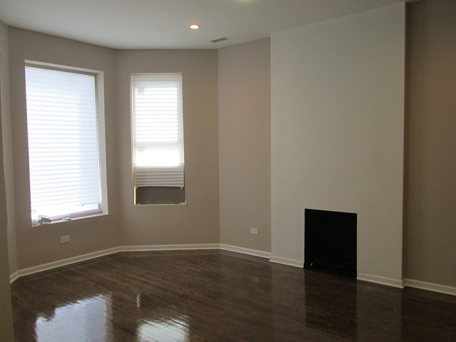 3 Bedrooms, Woodlawn Rental in Chicago, IL for $1,800 - Photo 1