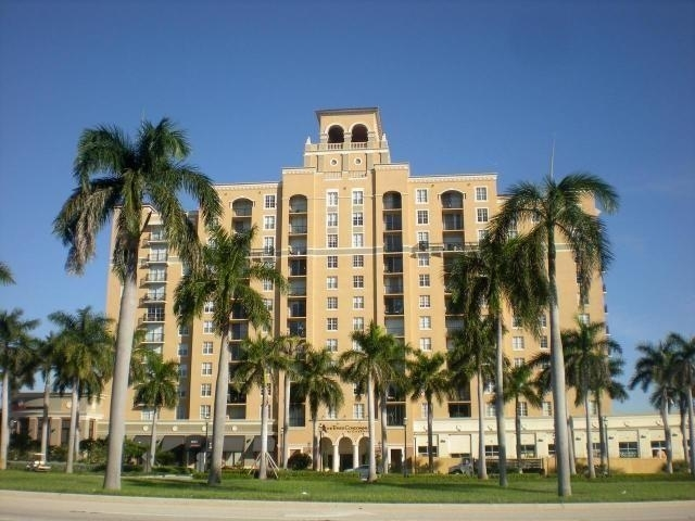 2 Bedrooms, Courtyards in Cityplace Condominiums Rental in Miami, FL for $1,875 - Photo 1