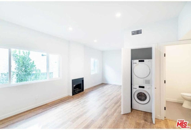 2 Bedrooms, Central Hollywood Rental in Los Angeles, CA for $3,500 - Photo 1