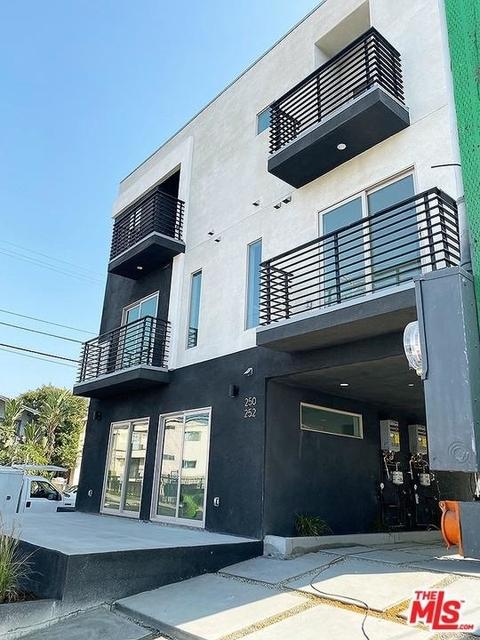 3 Bedrooms, Westlake North Rental in Los Angeles, CA for $3,200 - Photo 2