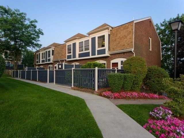 2 Bedrooms, Lakeview Rental in Boston, MA for $2,205 - Photo 1