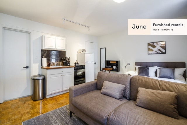 1 Bedroom, West Village Rental in NYC for $2,500 - Photo 2