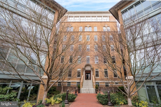 2 Bedrooms, West End Rental in Washington, DC for $4,950 - Photo 1