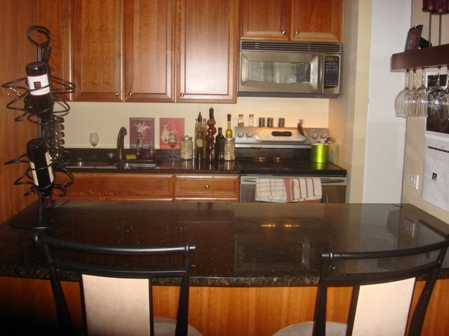 2 Bedrooms, Magnificent Mile Rental in Chicago, IL for $2,475 - Photo 2