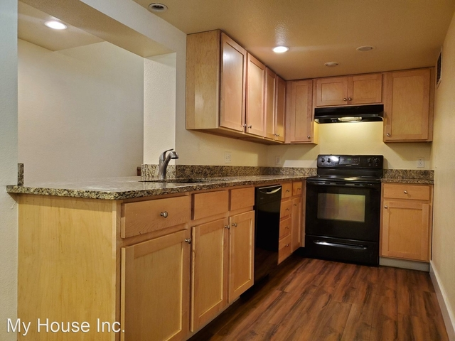 3 Bedrooms, University North Rental in Fort Collins, CO for $1,575 - Photo 1