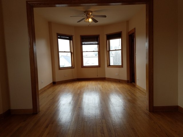 2 Bedrooms, North Center Rental in Chicago, IL for $1,600 - Photo 2