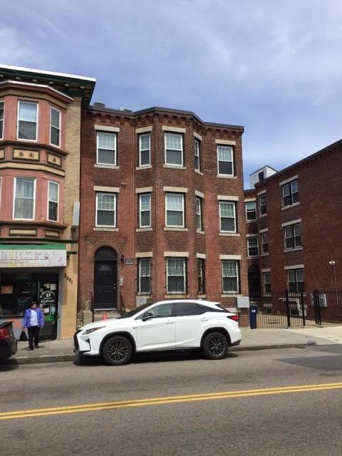 3 Bedrooms, Washington Park Rental in Boston, MA for $2,750 - Photo 2