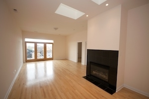 2 Bedrooms, West Town Rental in Chicago, IL for $2,400 - Photo 2