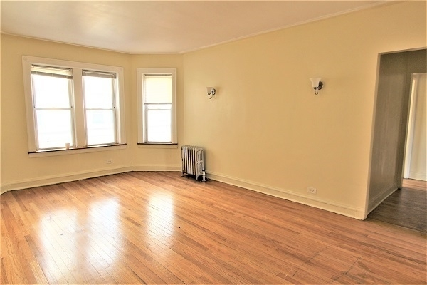 2 Bedrooms, East Chatham Rental in Chicago, IL for $740 - Photo 2