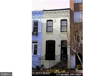 2 Bedrooms, Foggy Bottom Rental in Washington, DC for $3,500 - Photo 2