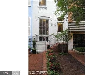 2 Bedrooms, Foggy Bottom Rental in Washington, DC for $3,500 - Photo 1