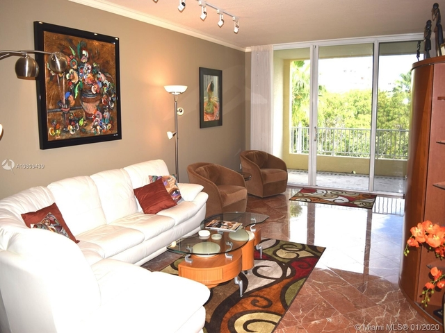 3 Bedrooms, Tropical Isle Homes East Rental in Miami, FL for $6,400 - Photo 2