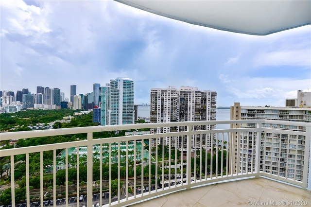 2 Bedrooms, Millionaire's Row Rental in Miami, FL for $2,550 - Photo 1