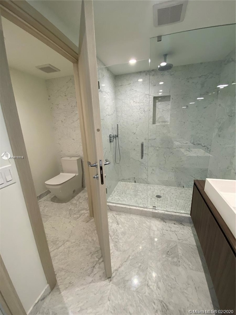 2 Bedrooms, Miami Financial District Rental in Miami, FL for $4,600 - Photo 2