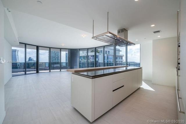 3 Bedrooms, Miami Financial District Rental in Miami, FL for $7,900 - Photo 1