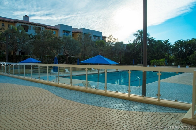 2 Bedrooms, Coral Gables Rental in Miami, FL for $3,200 - Photo 2