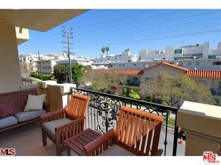 3 Bedrooms, Brentwood Rental in Los Angeles, CA for $4,595 - Photo 2