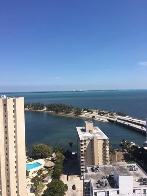 2 Bedrooms, Millionaire's Row Rental in Miami, FL for $2,750 - Photo 2