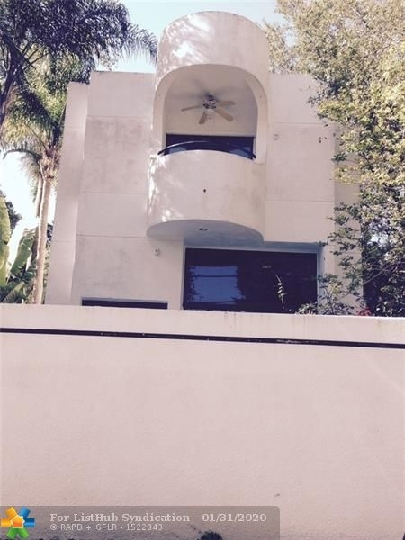 2 Bedrooms, Lincoln Manor Rental in Miami, FL for $3,495 - Photo 2