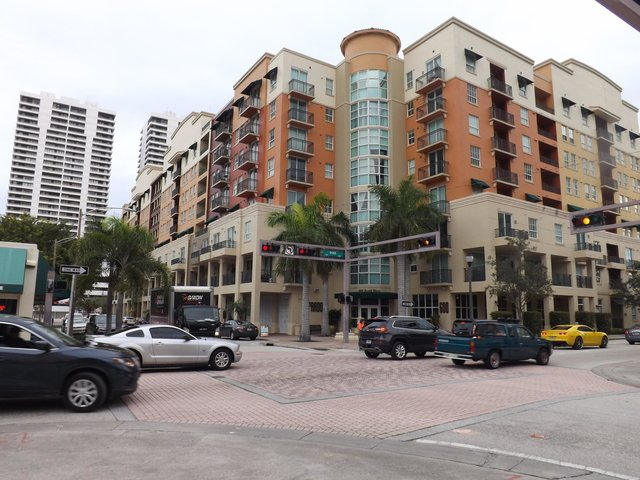 2 Bedrooms, Downtown West Palm Beach Rental in Miami, FL for $1,950 - Photo 1