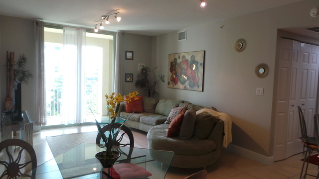 2 Bedrooms, Downtown West Palm Beach Rental in Miami, FL for $2,300 - Photo 1
