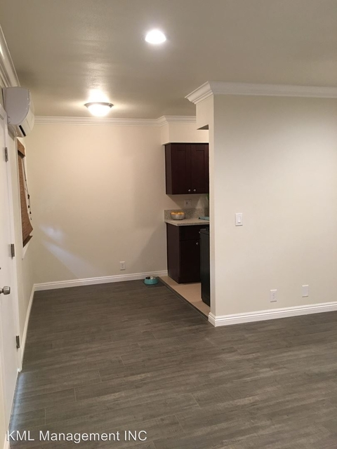 2 Bedrooms, Playhouse District Rental in Los Angeles, CA for $2,400 - Photo 2