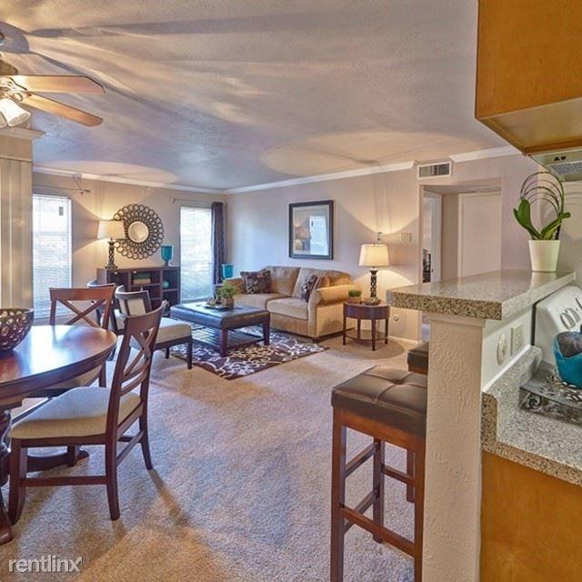 2 Bedrooms, North Central Dallas Rental in Dallas for $978 - Photo 2