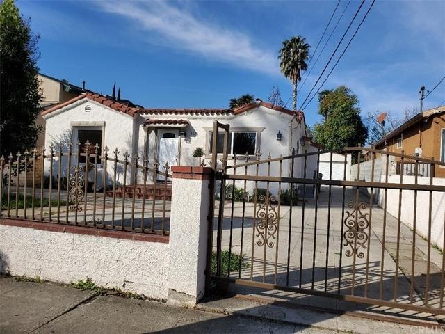 3 Bedrooms, Van Nuys Rental in Los Angeles, CA for $3,600 - Photo 2