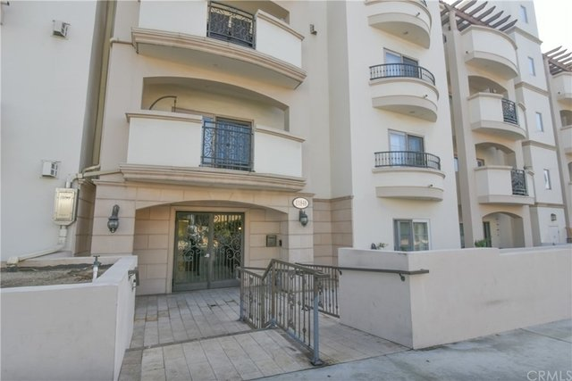 3 Bedrooms, Brentwood Rental in Los Angeles, CA for $5,495 - Photo 1