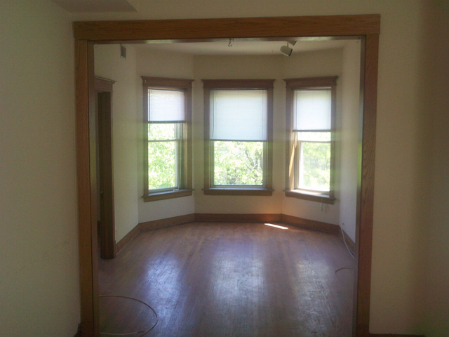 3 Bedrooms, Lakeview Rental in Chicago, IL for $2,550 - Photo 2