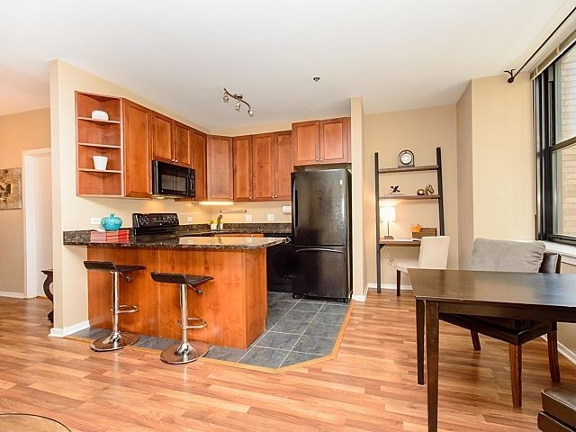 2 Bedrooms, The Loop Rental in Chicago, IL for $1,799 - Photo 2