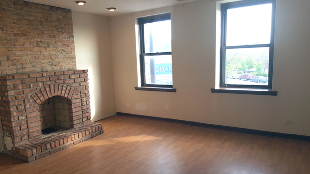 3 Bedrooms, Logan Square Rental in Chicago, IL for $1,495 - Photo 2