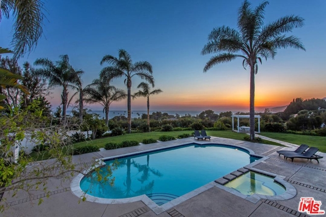 6 Bedrooms, Malibu Park Rental in Los Angeles, CA for $50,000 - Photo 1
