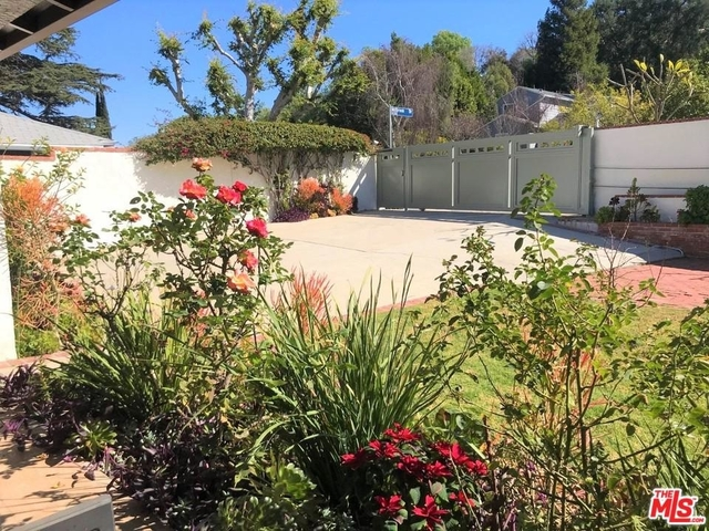 3 Bedrooms, Sherman Oaks Rental in Los Angeles, CA for $4,500 - Photo 2