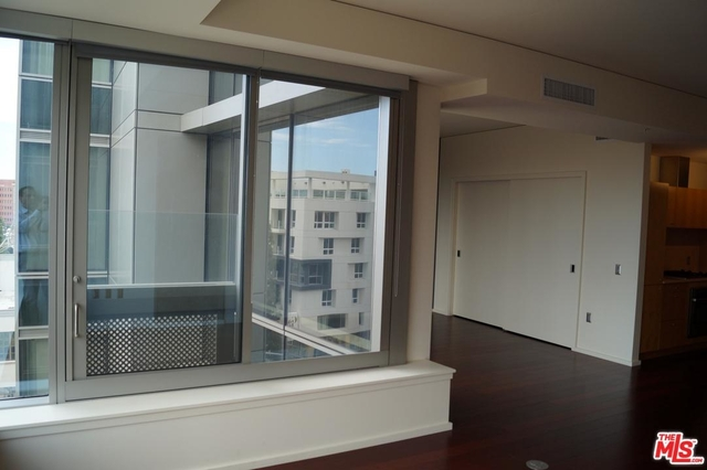 1 Bedroom, South Park Rental in Los Angeles, CA for $2,950 - Photo 2