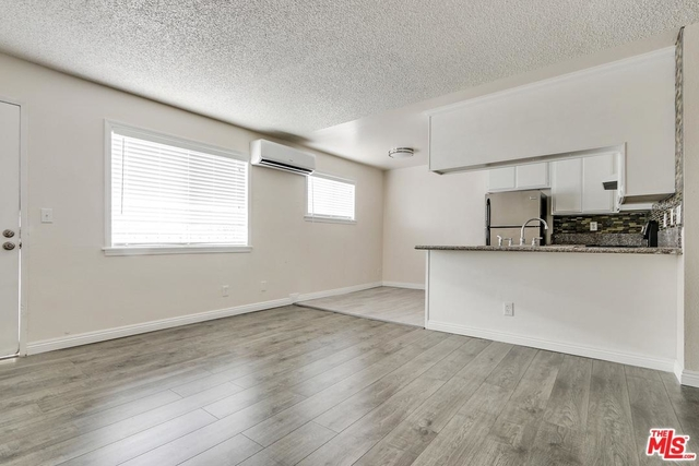 2 Bedrooms, Greater Echo Park Elysian Rental in Los Angeles, CA for $2,200 - Photo 2