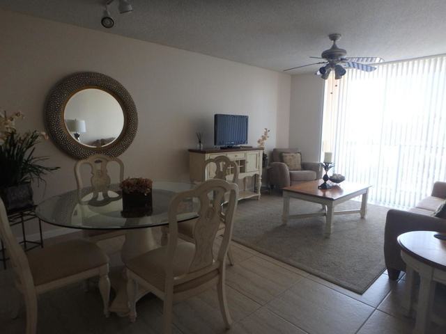 1 Bedroom, Cityplace Rental in Miami, FL for $1,800 - Photo 1