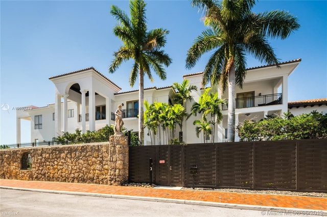 6 Bedrooms, Crystal View Rental in Miami, FL for $35,000 - Photo 2