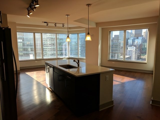 2 Bedrooms, Seaport District Rental in Boston, MA for $6,699 - Photo 2