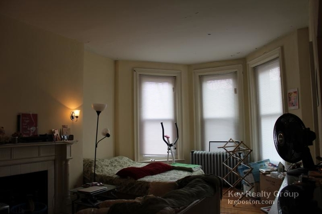 Studio, Back Bay West Rental in Boston, MA for $2,200 - Photo 2