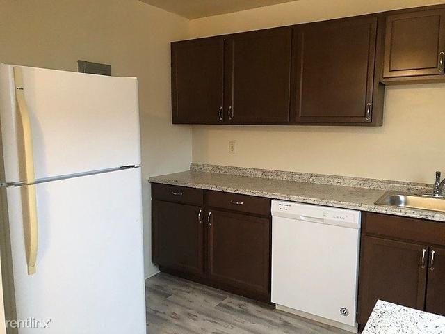 2 Bedrooms, Laurel Rental in Baltimore, MD for $1,325 - Photo 1