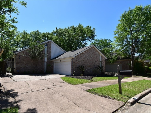4 Bedrooms, Lakeview Forest Rental in Houston for $2,750 - Photo 1