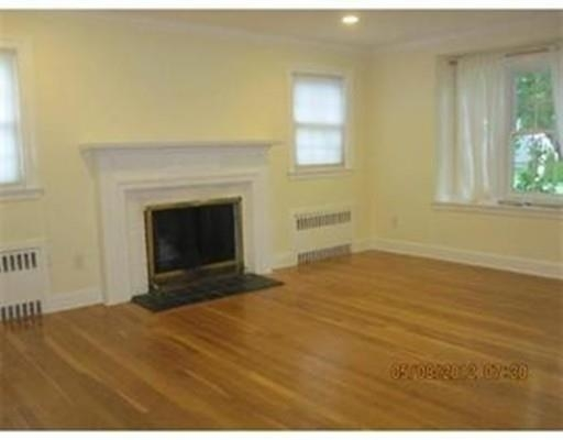 3 Bedrooms, Newton Center Rental in Boston, MA for $3,400 - Photo 2